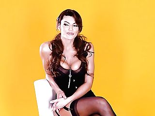 Nice Interview With Brilliant Buxom Cougar Becky Bandini In Hd Xxx Movie