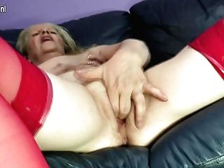 Horny Matures Bitch Masturbaying On The Couch - Maturenl
