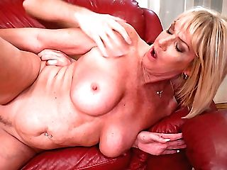 Still On Fire Matures Blondie Mummy Amy Is Into Fucking Sideways