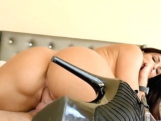 Sexy Single Woman Becky Bandini Gives A Wonderful Oral Pleasure And Gets Fucked Hard