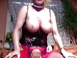 Die Geile Cougar Nachbarin Mit Den Dicken Titten Gefickt