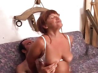 Matures Woman Getting Fucked In Her Booty