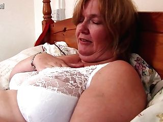Brit Matures Lady Shows Her Big Tits And Masturbates - Maturenl